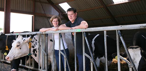 Jan Jaap en Stieneke van Nes, melkveehouders dierenartsenpraktijk Beilen