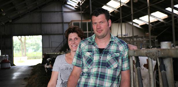 Ron Kleinsman en Geke Enting, melkveehouders dierenartsenpraktijk Beilen